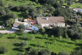 Exceptionally large villa for sale